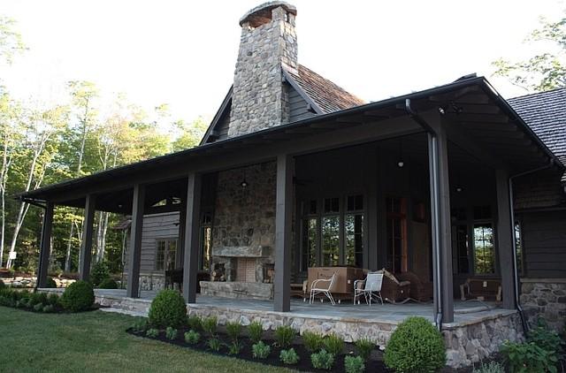 Rustic Mountain Retreat rustic-porch