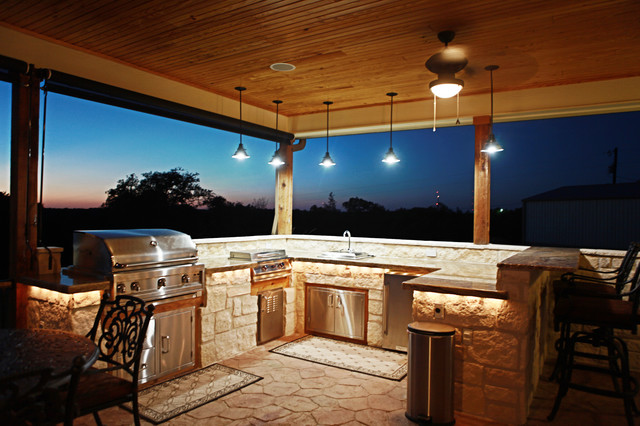 cater hill country ranch - traditional - porch - austin -meier
