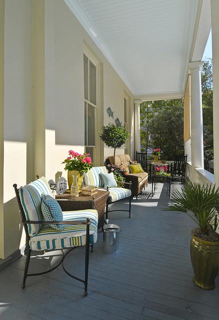 Charleston Piazza traditional-porch