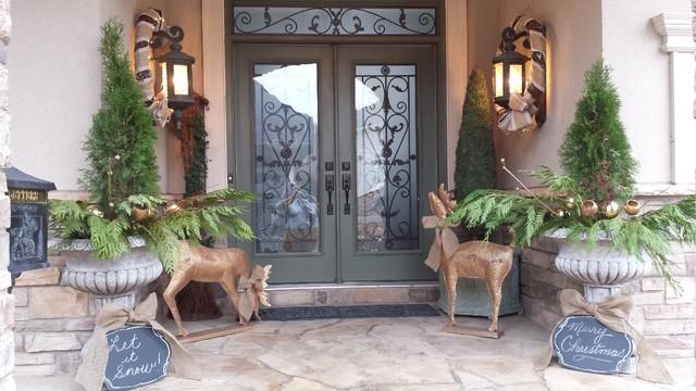 Christmas Decor rustic-porch