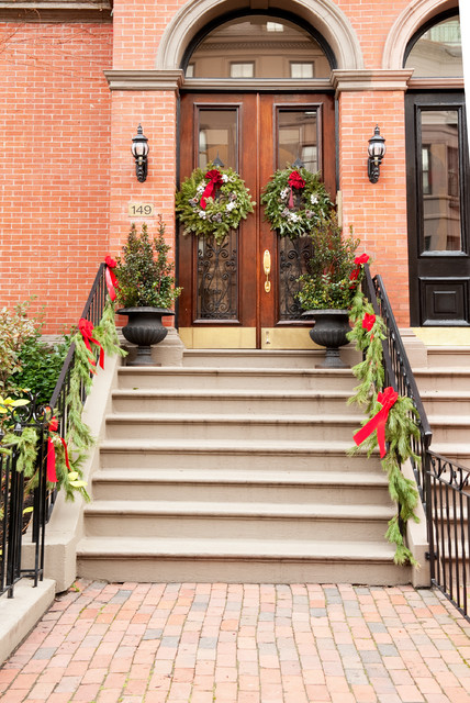 Decorating Ideas # Christmas Holiday Decor  Traditional  Porch  Other