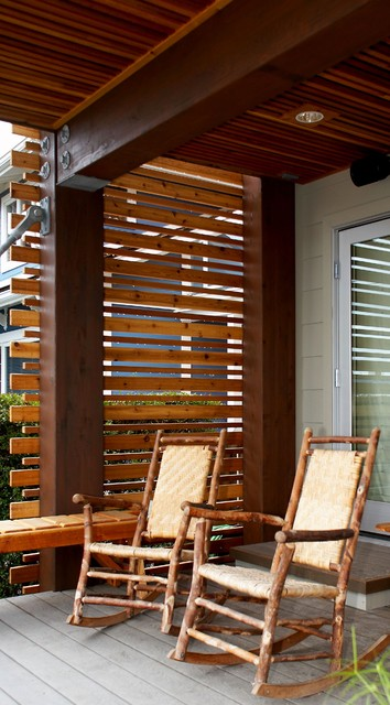 Wood privacy screen for Build deck privacy screen