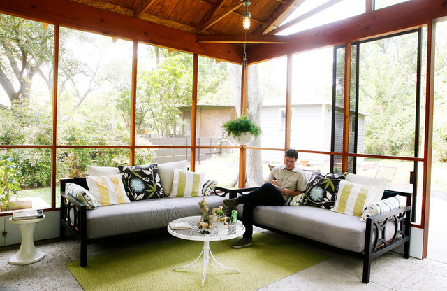 Solarium contemporary porch