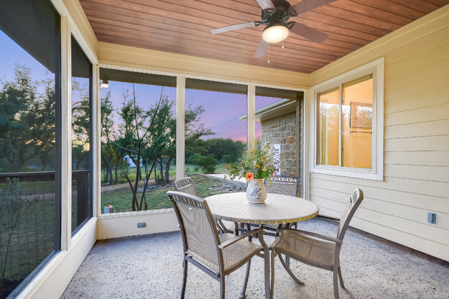 Inspiration for a timeless porch remodel in Austin