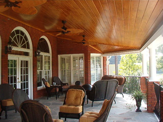Covered deck traditional-porch