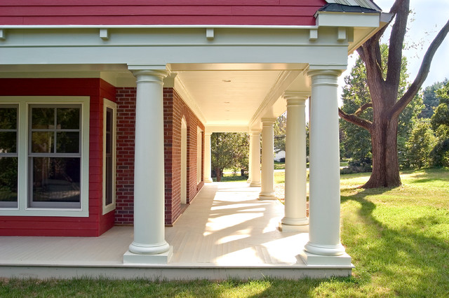 Craftsman Front Porch traditional-porch