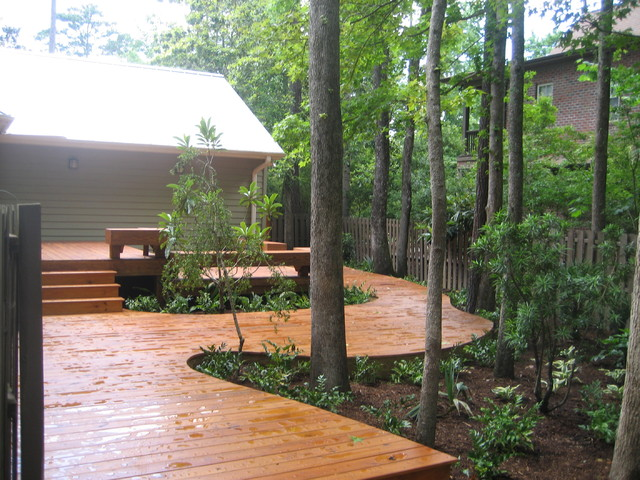 Curved deck for Circular garden decking