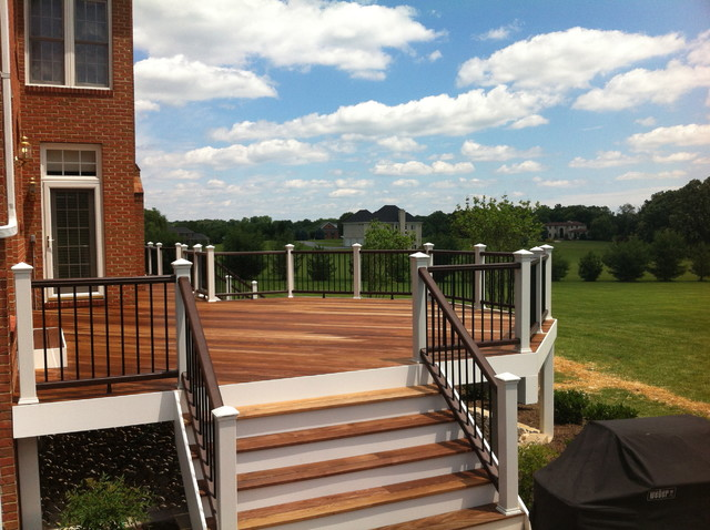 Custom Decks traditional-porch