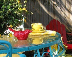 Dear Daisy Cottage- patio eclectic porch