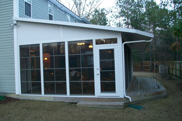 Diy ezebreeze windows and doors the best of a screened for Build sunroom on deck