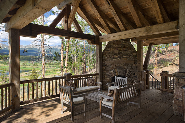 Dovetail Ranch house 1 traditional-porch