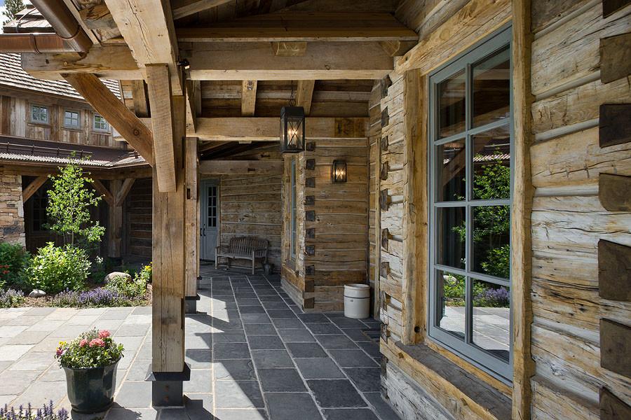 Inspiration for a timeless porch remodel in Denver