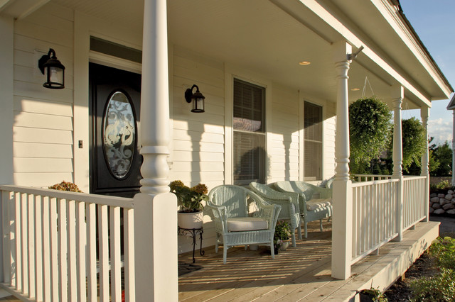 Farmhouse Porch Traditional Porch Minneapolis By