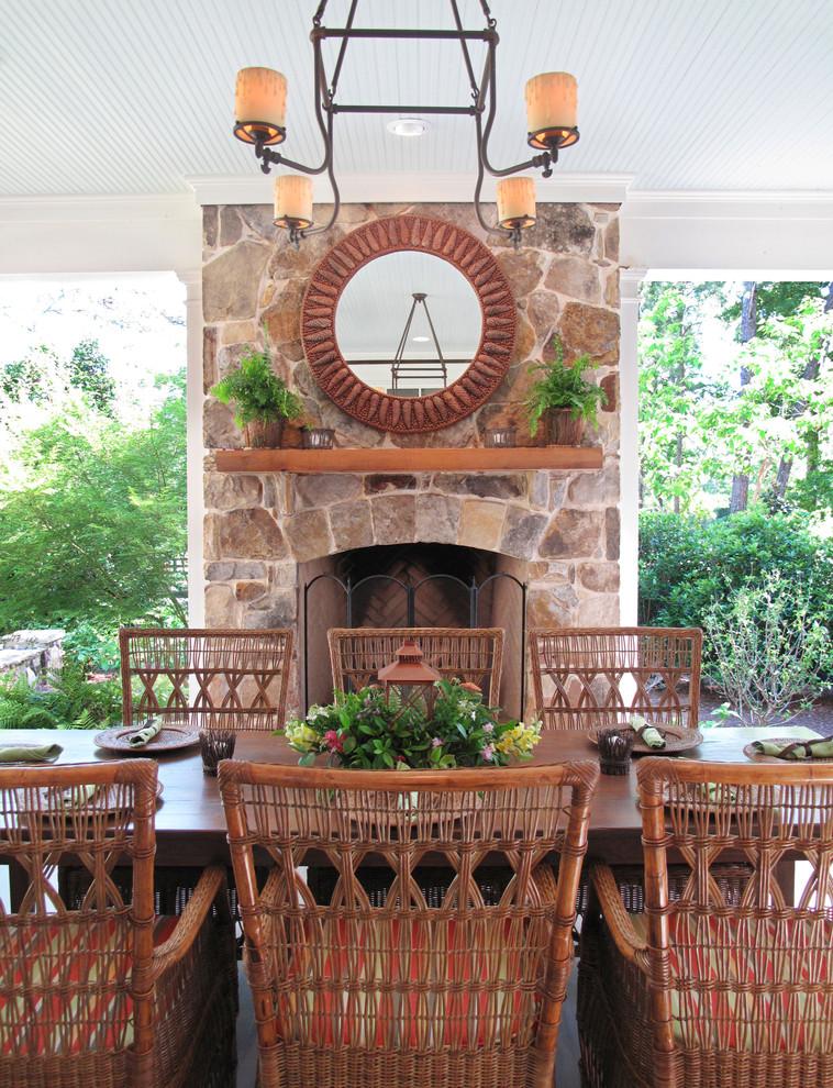 Inspiration for a farmhouse porch remodel in Atlanta