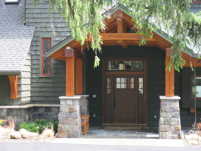 Front entry traditional-porch