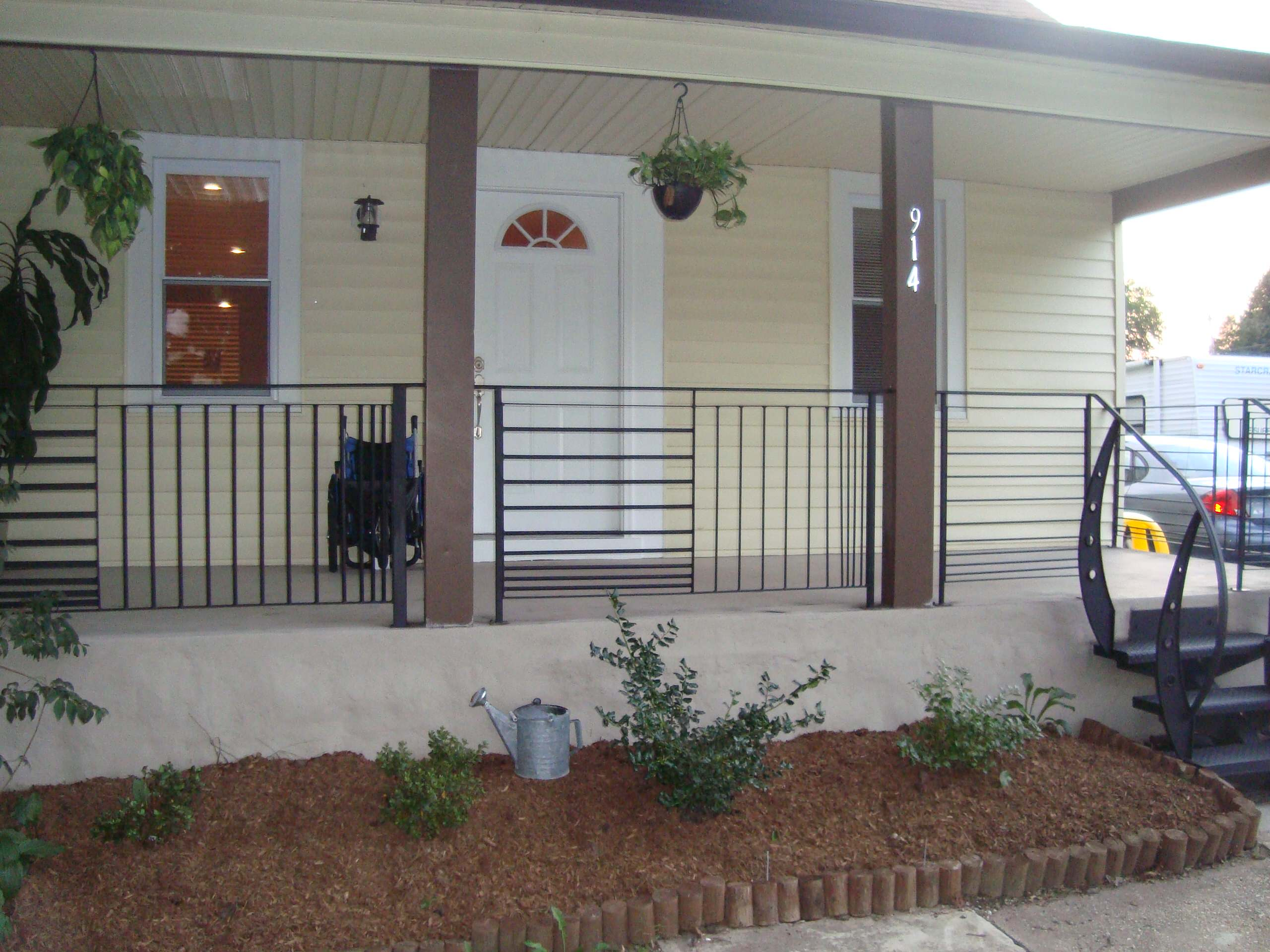 Image of: Modern Front Porch Railings Ideas Photos Houzz