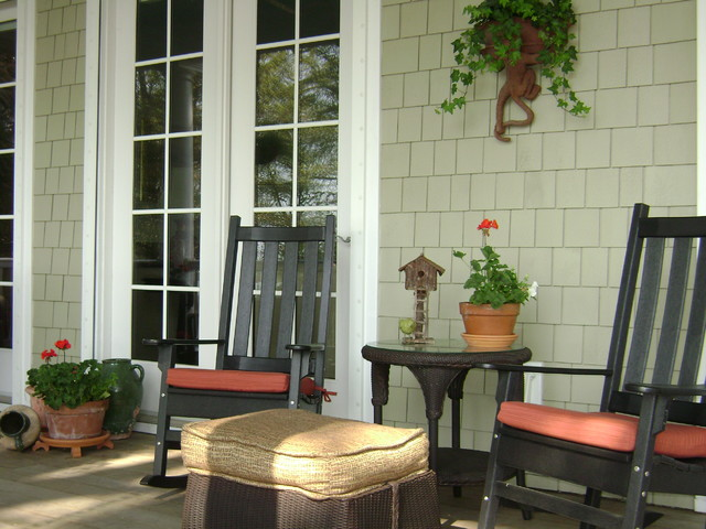 Front porch southern style for Southern front porches
