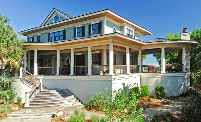 Front Wrap Around Porch Greets Guests Tropical Veranda
