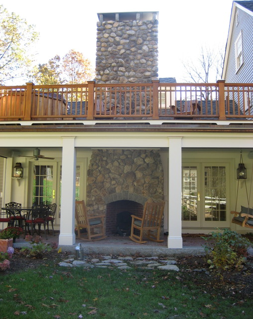Full House Renovation, Addition, Barn/2 Car Garage - Lincoln traditional-porch