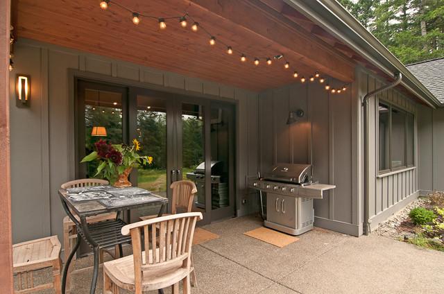 Furwood transitional-porch