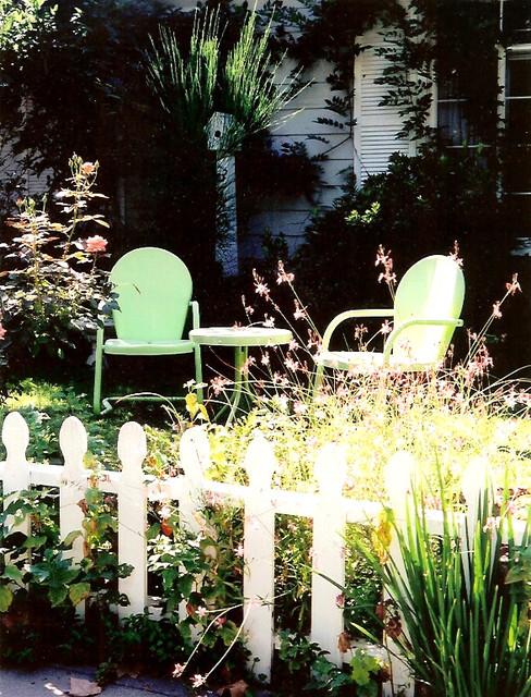 Garden Party eclectic-porch