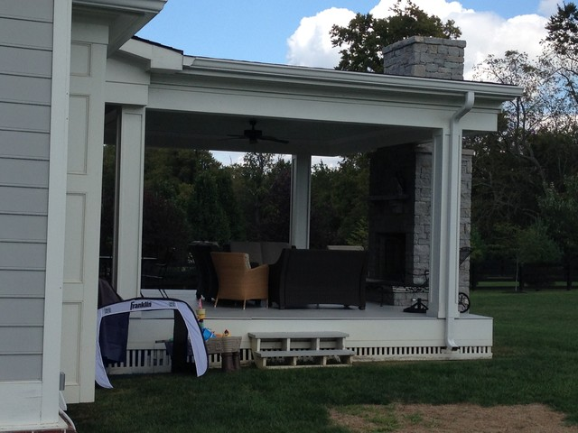 This is an example of a traditional porch design in Louisville.