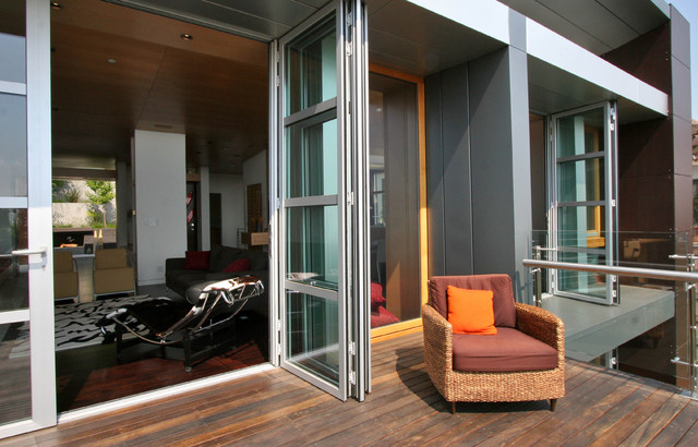 Gravatt House contemporary-porch