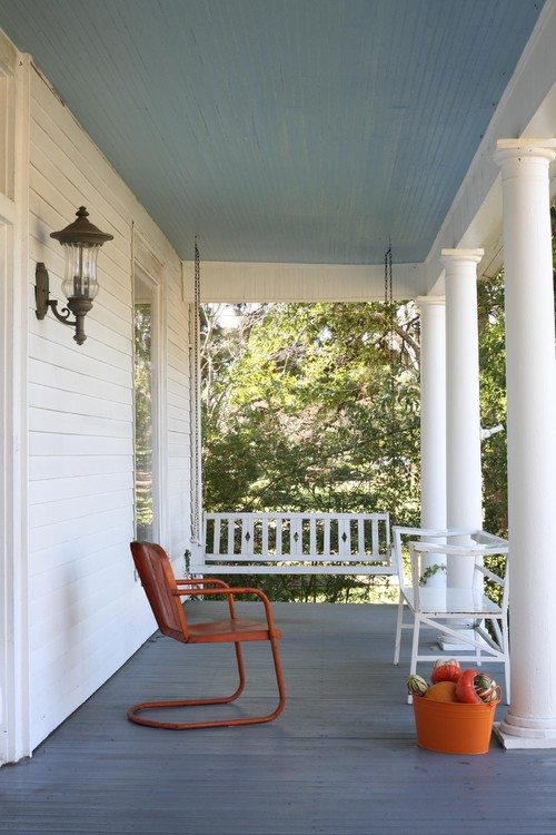 Screened porch living flint street design blog for What color to paint my front porch