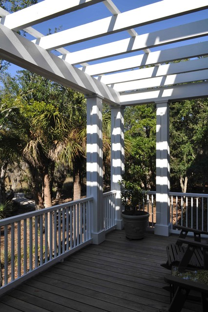 Guida Residence traditional-porch