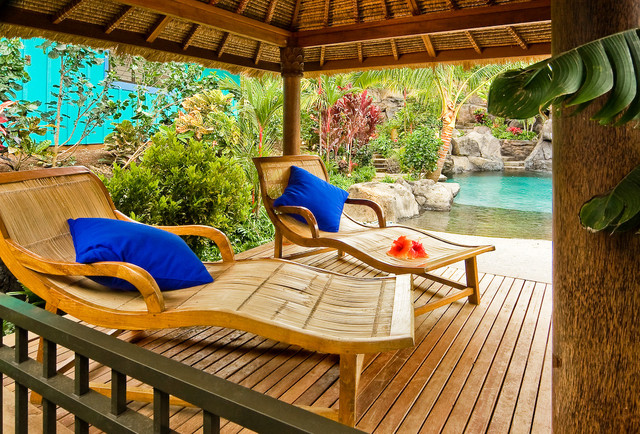 Bon Hawaiian Cottage StyleTropical Porch, Hawaii