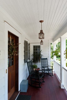 Traditional Porch by Chappaqua Architects & Designers Fivecat Studio | Architecture