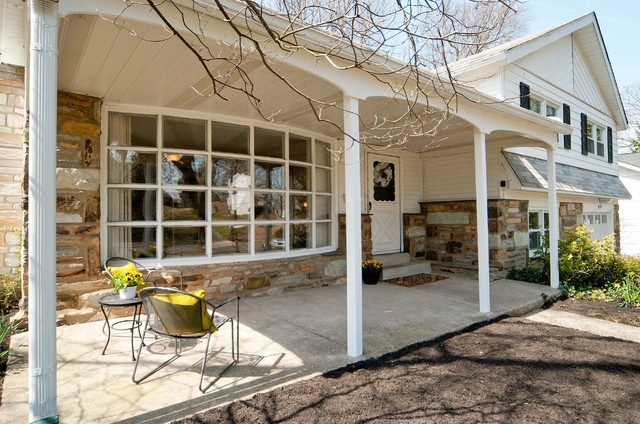 Home Staging - Glenside traditional-porch