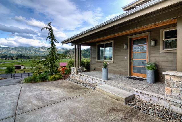 HOMES contemporary-porch