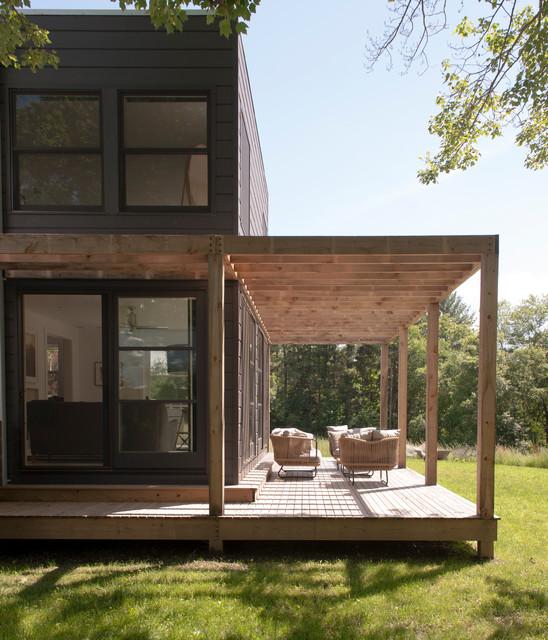 Hudson Valley Getaway Contemporary Porch New York