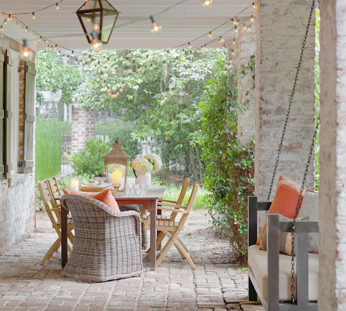 Inexpensive Outdoor Decor Ideas | by Snazzylittlethings.com