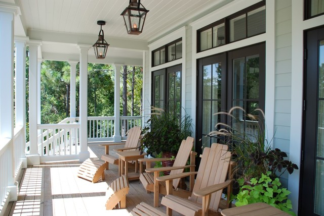 K House traditional-porch