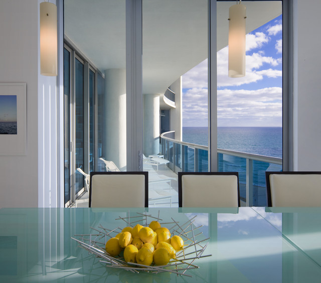 Kitchen Table to Seaside Balcony modern-porch