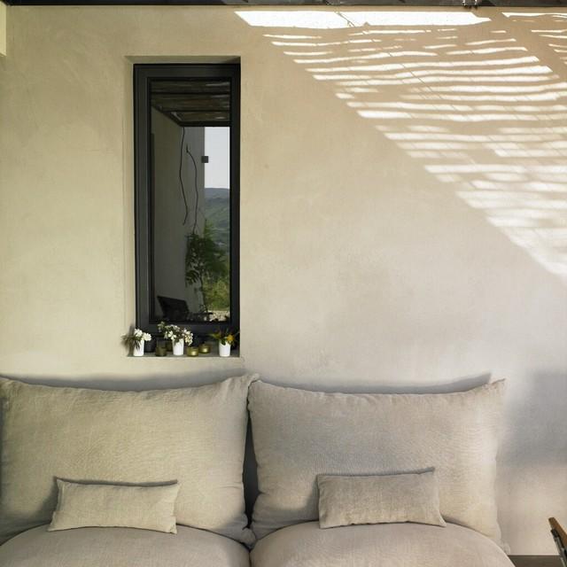 La maison d'å coté contemporary-porch
