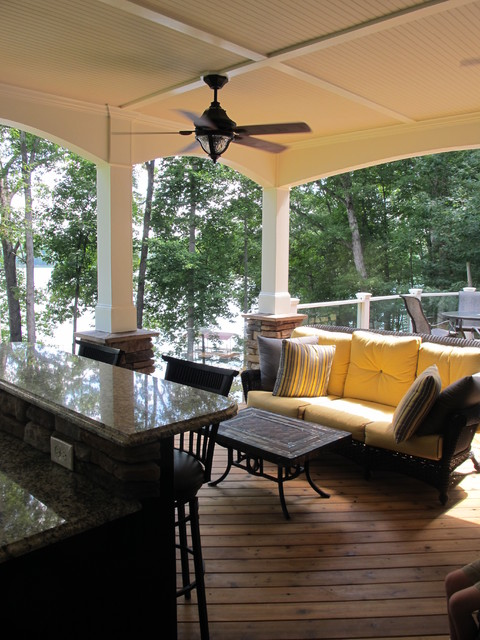 Lake Appeal traditional-porch