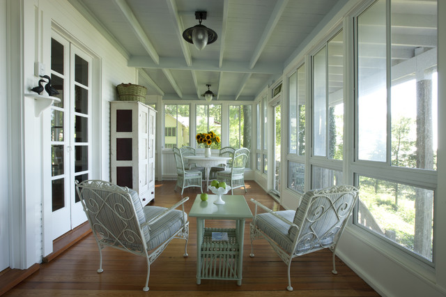 Lake cottage porch Cottage porch decorating ideas