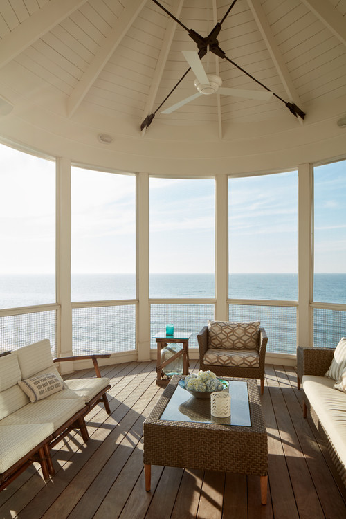 Beach House Screened  Porch on Long Beach Island NJ