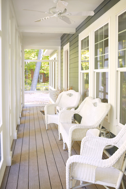 Lakeshore Dr S&M contemporary-porch