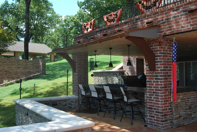 Lakeside Outdoor Living traditional-porch