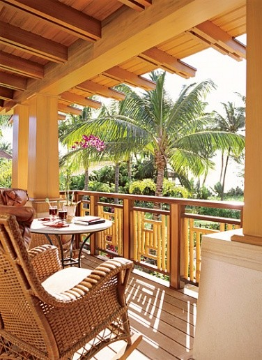 Lanai tropical porch hawaii by ike kligerman barkley for Lanai deck