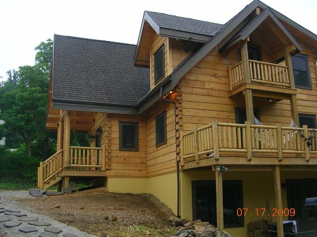 Log Home Balcony Off 2nd Floor Bedroom