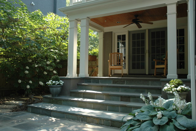 Mariemont traditional-porch