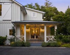 Menlo Oaks Residence traditional porch