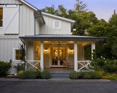 Menlo Oaks Residence rustic-porch