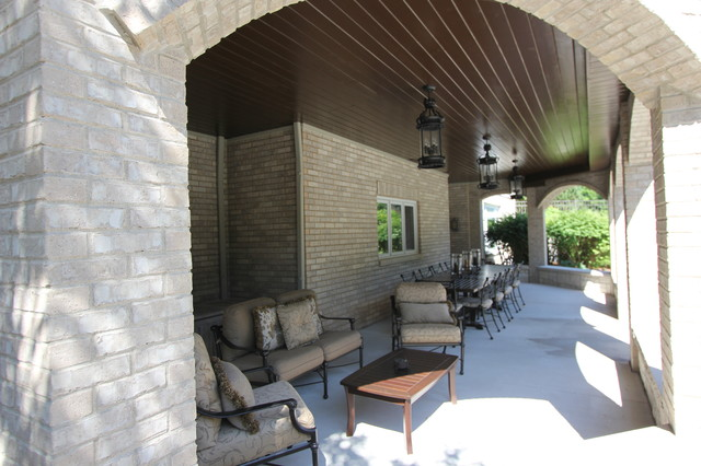 Mequon, WI Residence traditional-porch