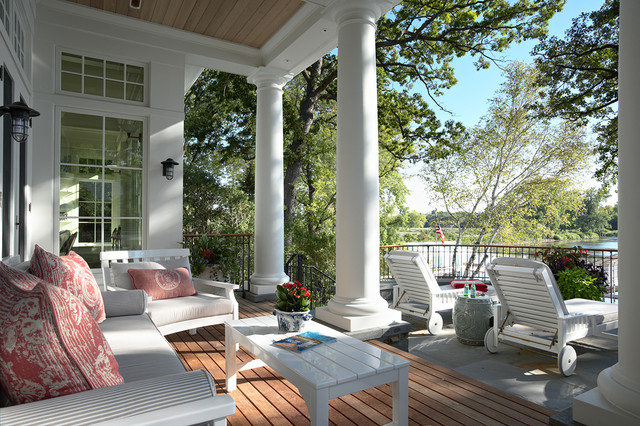 Minnetonka Shingle-Style traditional-porch